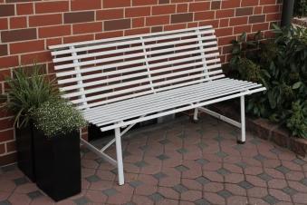Leco Gartenbank 3 Sitzer Stahlgartenbank cremeweiß Stahl Bild 1