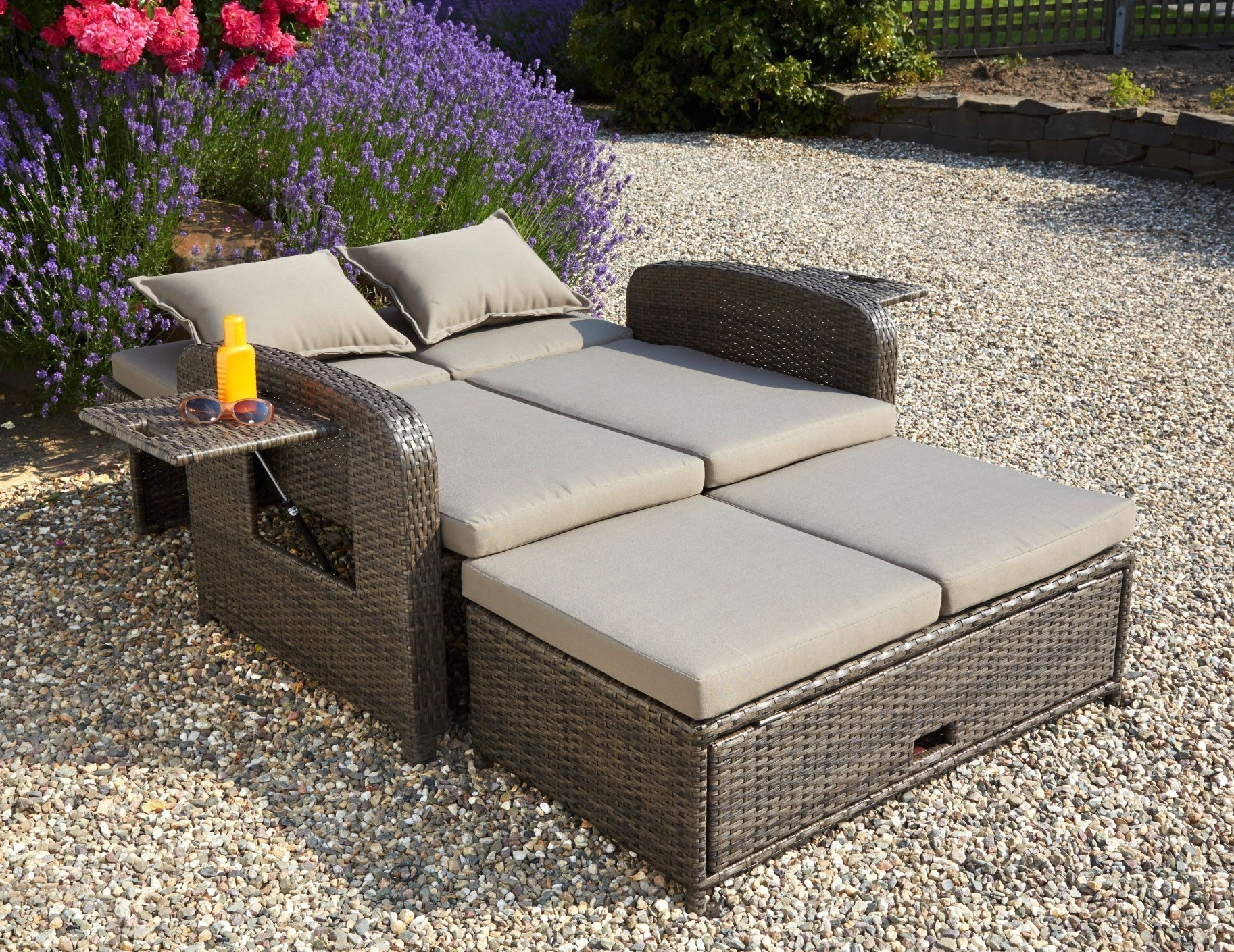 liege polyrattan braun affordable with liege polyrattan braun fabulous rattan liege braun foto. Black Bedroom Furniture Sets. Home Design Ideas