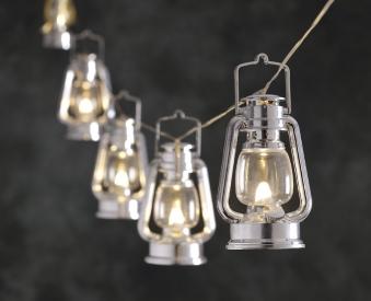 Konstsmide Lichterkette LED 8 silbernen Sturmlaternen außen