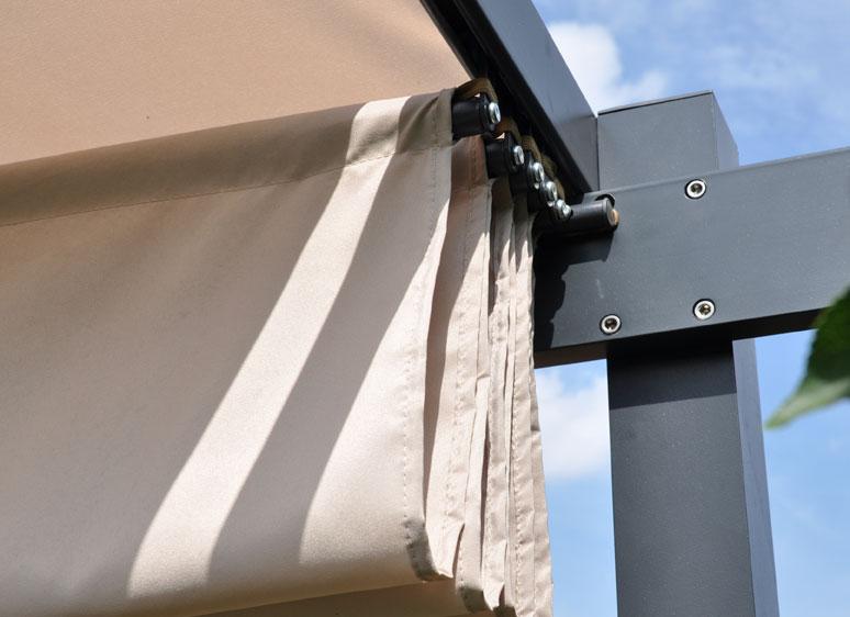 Terrassenüberdachung Mit Sonnenschutz : Terrassenüberdachung / Sonnenschutz / Markise / Pergola Leco ...