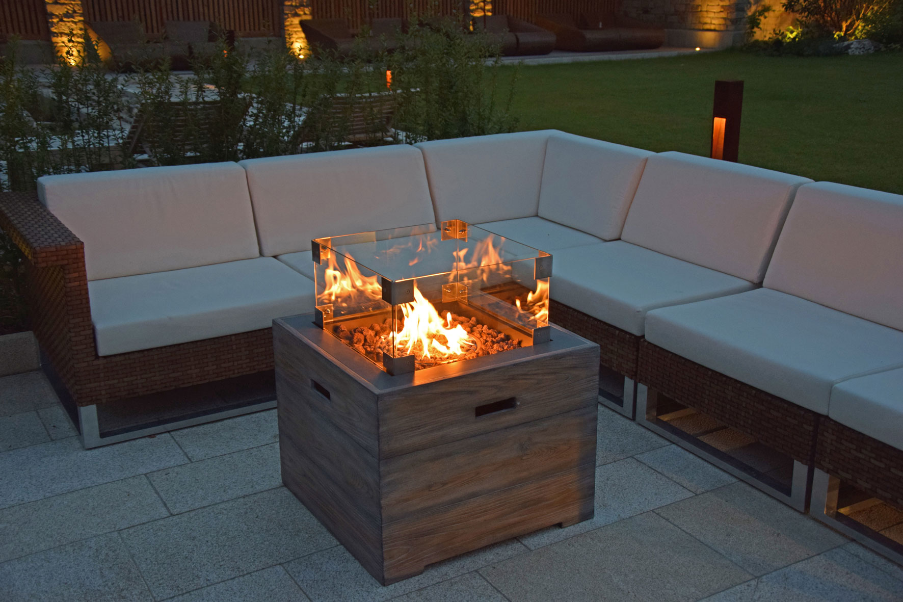 terrassenfeuer gas gartentisch clifton inclusive slate 15kw bei. Black Bedroom Furniture Sets. Home Design Ideas